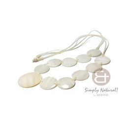 Long Necklace White Kabibe...